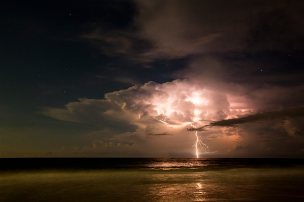 topsail_lightening_1