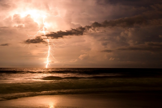 topsail_lightening_2